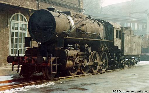Locomotiva 736.083