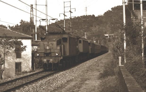 Locomotiva elettrica E 554.174