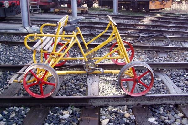 Bicicletta su rotaie